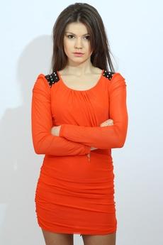 Платье с шипами на плечах Kokette со скидкой